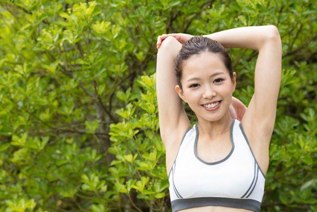 運動でダイエットする妊活女性